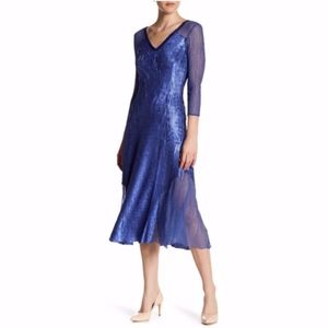 NEW Komarov Sequined V-Neck Midi Dress